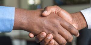 Handshake | NF Rechtsanwälte Graz - Immobilienrecht, Baurecht & Arbeitsrecht